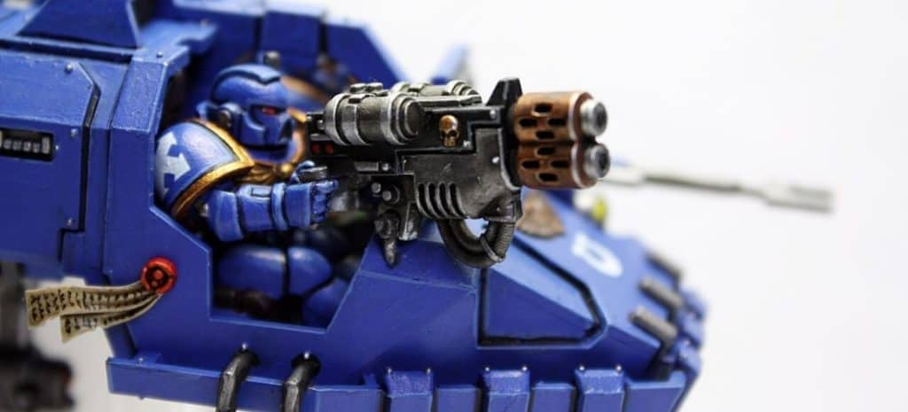 Warhammer 40k gunner miniature with cool shading and washing