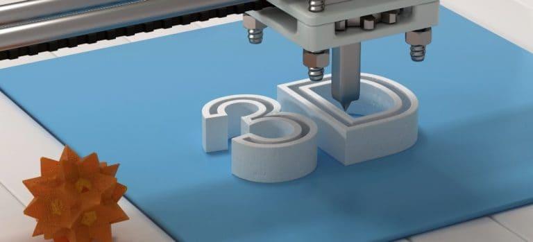 "3D printer printing out ""3D"""