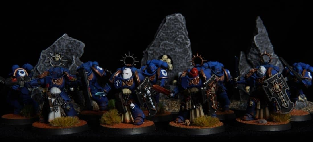 Miniatures With Ultramarine Blue and Tallasar Blue Contrast