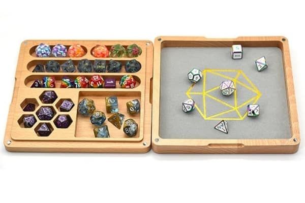 Portable Wooden Dice Box With Magnetic Closure